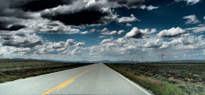 Μακρύς δρόμος πουθενά στοκ φωτογραφία