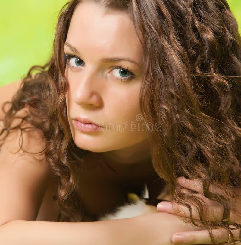 Download μαλλιαρός μακρύς κοριτσ&io στοκ εικόνα. εικόνα από κορίτσι - 13188425