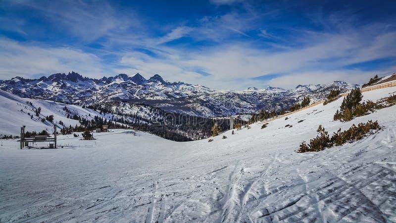Μαμμούθ ίχνος σκι βουνών στοκ εικόνες με δικαίωμα ελεύθερης χρήσης