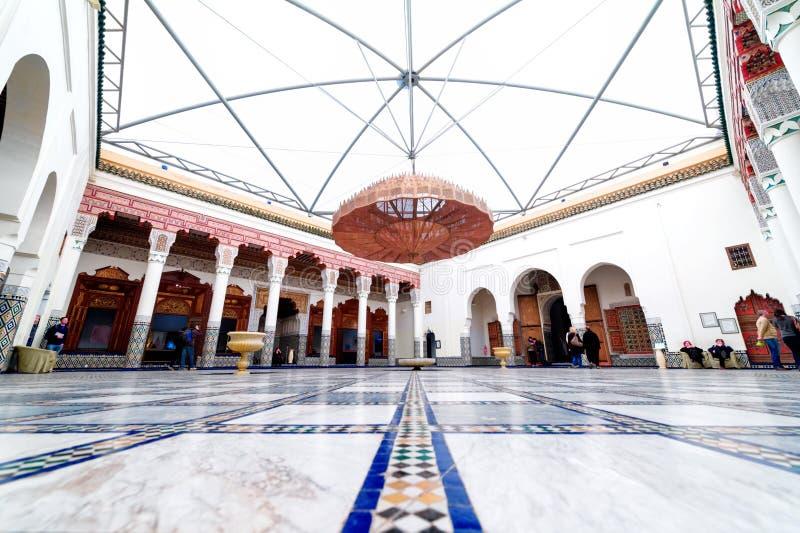 Μαρακές, ΜΑΡΟΚΟ - 10 Φεβρουαρίου 2012 - εντυπωσιακό προαύλιο Musée de Μαρακές που βρίσκεται στο παλάτι Mnebhi στοκ φωτογραφία με δικαίωμα ελεύθερης χρήσης