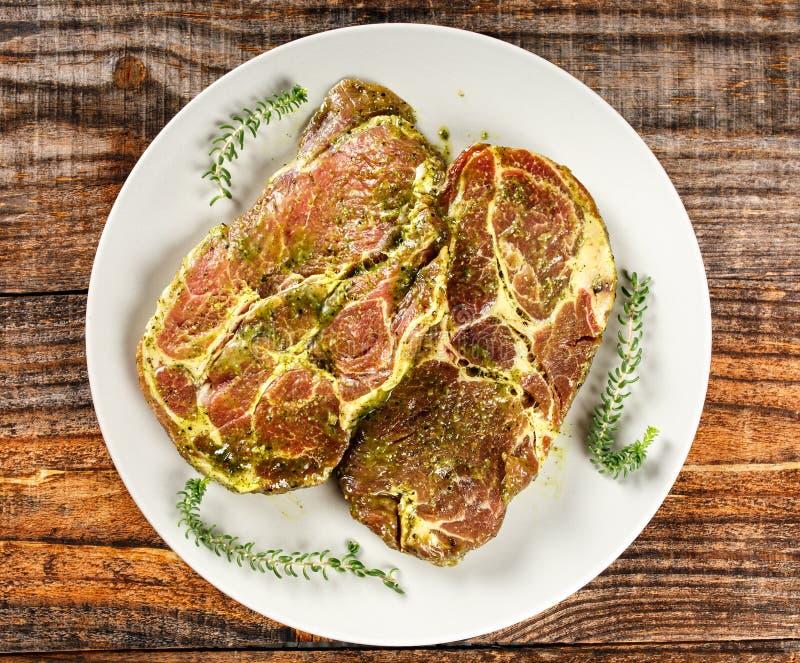 Μαριναρισμένος λαιμός χοιρινού κρέατος στοκ εικόνες με δικαίωμα ελεύθερης χρήσης