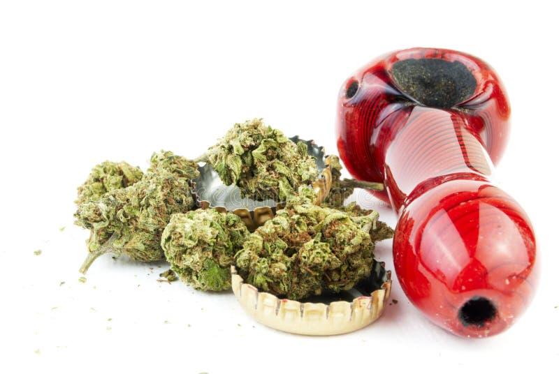 Μαριχουάνα και οινόπνευμα στοκ φωτογραφία με δικαίωμα ελεύθερης χρήσης