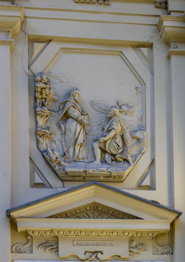 Μαρμάρινη ανακούφιση στην πρόσοψη της βασιλικής Αγίου Margaret Antiochia, Santa Margherita Ligure στοκ φωτογραφίες με δικαίωμα ελεύθερης χρήσης