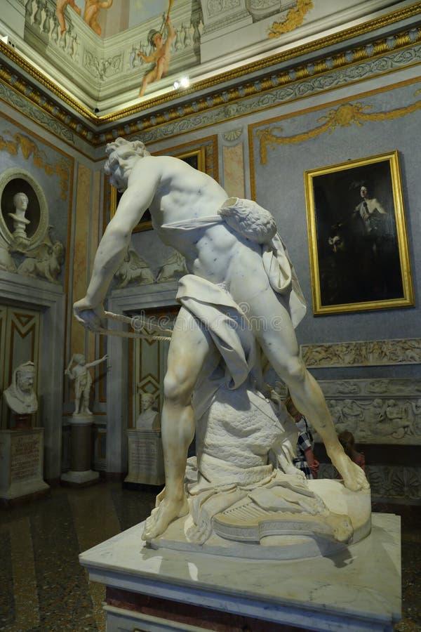 Μαρμάρινο γλυπτό Δαβίδ από το Gian Lorenzo Bernini σε Galleria Borghese στοκ φωτογραφία με δικαίωμα ελεύθερης χρήσης