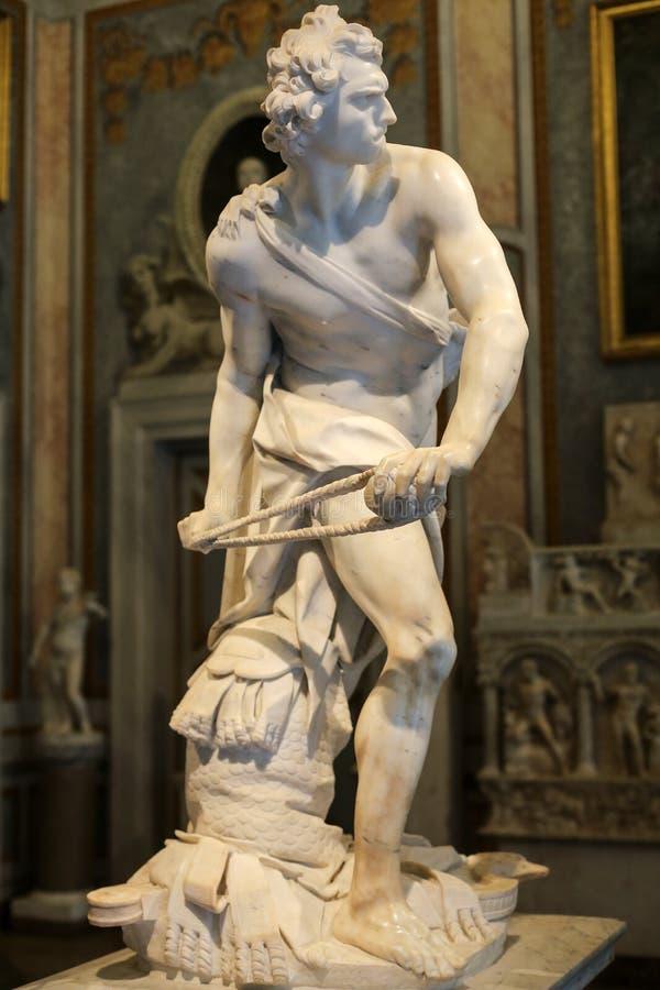 Μαρμάρινο γλυπτό Δαβίδ από το Gian Lorenzo Bernini σε Galleria Borghese, Ρώμη στοκ εικόνες με δικαίωμα ελεύθερης χρήσης