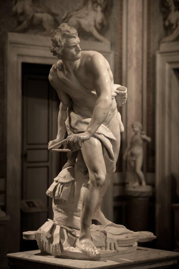 Μαρμάρινο γλυπτό Δαβίδ από το Gian Lorenzo Bernini στοκ εικόνα