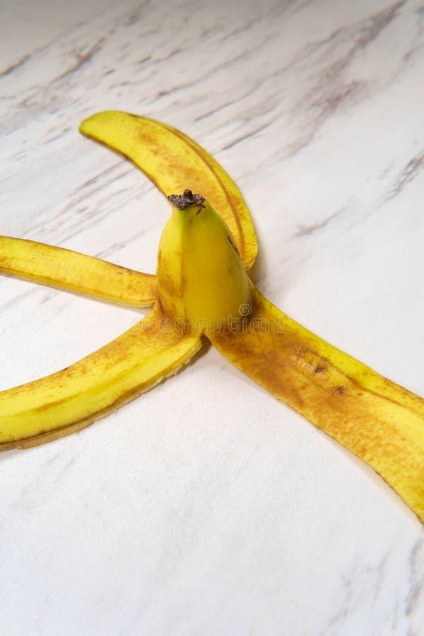Μαρμάρινο πάτωμα φλούδας μπανανών στοκ φωτογραφία