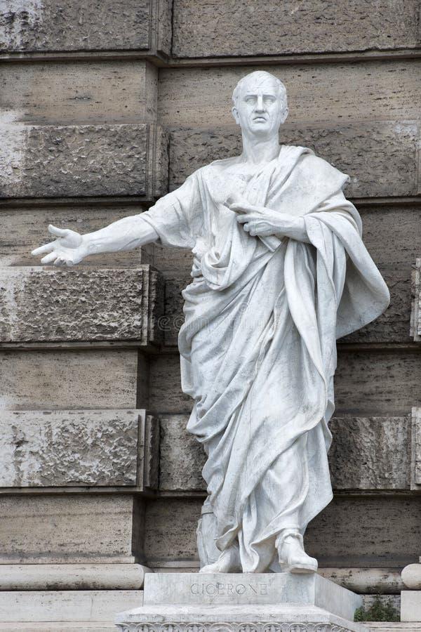 Μαρμάρινο ρωμαϊκό άγαλμα: Ξεναγός στοκ εικόνες