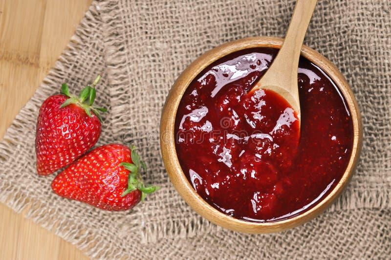 Μαρμελάδα ή μαρμελάδα φραουλών στοκ εικόνα με δικαίωμα ελεύθερης χρήσης