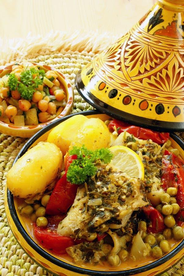 μαροκινό tajine ψαριών chermoula στοκ φωτογραφίες