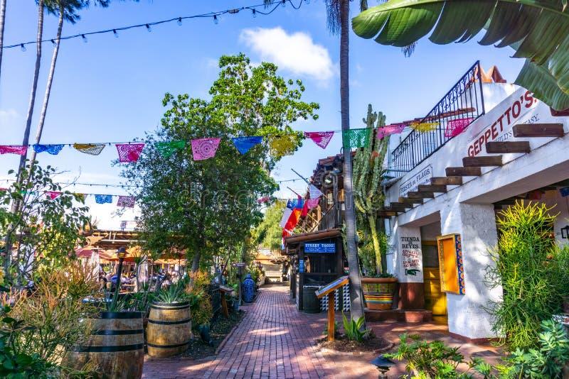 19 Μαρτίου 2019 Σαν Ντιέγκο/ασβέστιο/ΗΠΑ - καταστήματα και εστιατόρια στο παλαιό κρατικό ιστορικό πάρκο του πόλης Σαν Ντιέγκο στοκ φωτογραφία με δικαίωμα ελεύθερης χρήσης