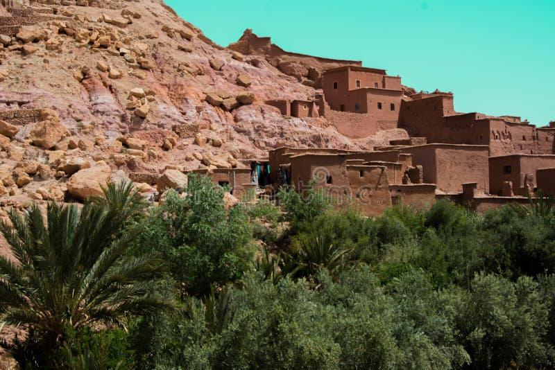 Μαρόκο, Μαρακές, σπίτια στην έρημο, με το γήινο χρώμα στοκ φωτογραφία με δικαίωμα ελεύθερης χρήσης