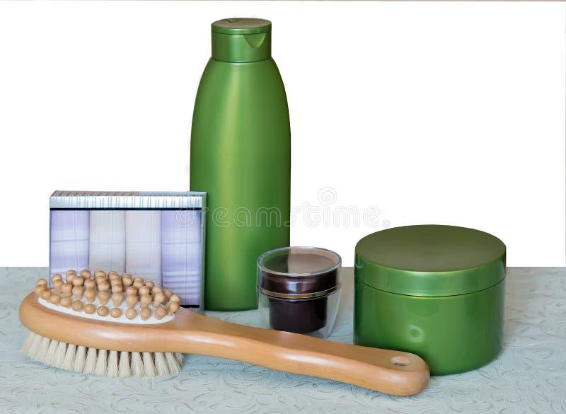 Μασάζ και κρέμα βουρτσών για τη φροντίδα δέρματος στοκ εικόνα