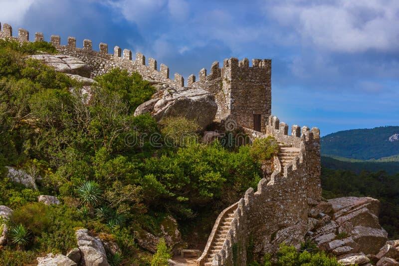 Μαυριτανικό κάστρο σε Sintra - την Πορτογαλία στοκ εικόνα με δικαίωμα ελεύθερης χρήσης