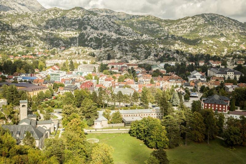 Μαυροβούνιο Πανόραμα της πόλης Cetinje στοκ φωτογραφία