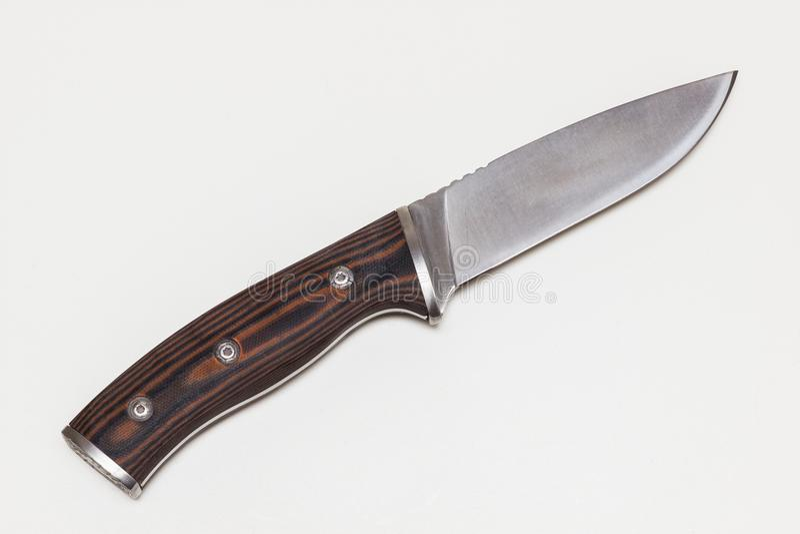 Μαχαίρι κυνηγιού που απομονώνεται στοκ εικόνες
