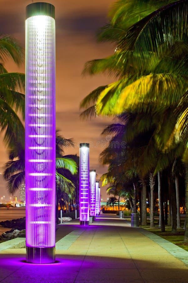 Μαϊάμι Μπιτς Φλώριδα τη νύχτα στοκ φωτογραφία με δικαίωμα ελεύθερης χρήσης