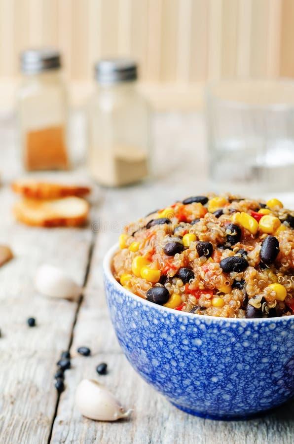 Μαύρα φασόλια, quinoa και καλαμποκιού τσίλι στοκ εικόνα με δικαίωμα ελεύθερης χρήσης
