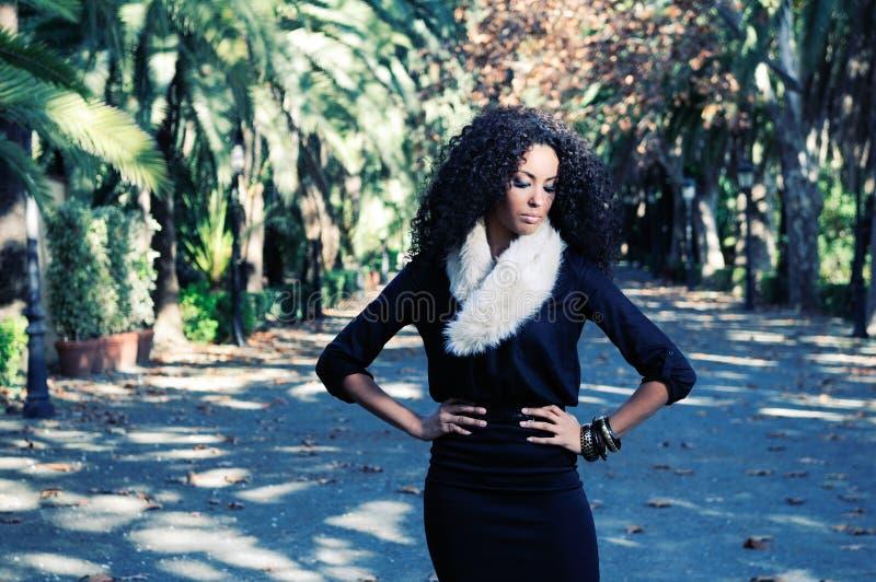 μαύρες νεολαίες πορτρέτου μόδας πρότυπες στοκ φωτογραφίες με δικαίωμα ελεύθερης χρήσης