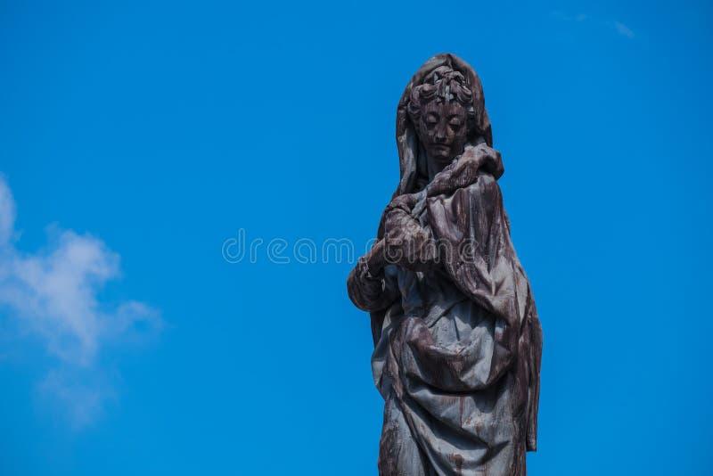 Μαύρη γυναίκα αγαλμάτων στοκ φωτογραφία με δικαίωμα ελεύθερης χρήσης