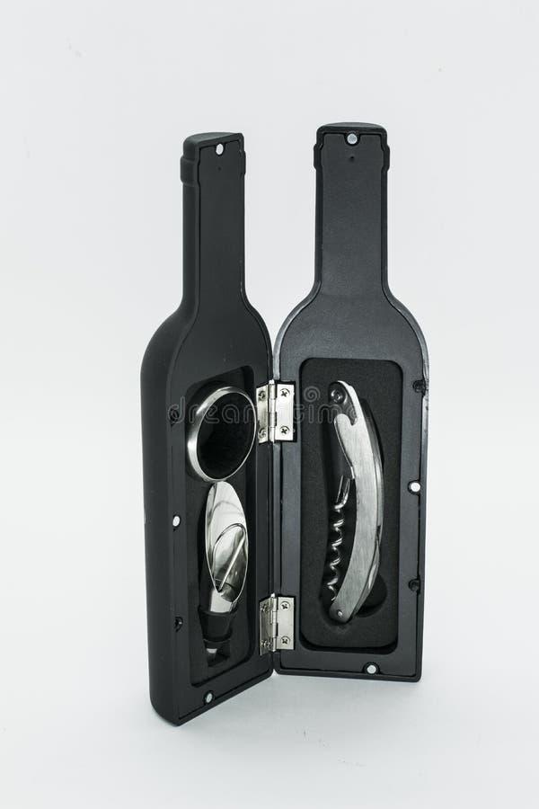 Μαύρη εξάρτηση ανοιχτηριών μπουκαλιών στοκ φωτογραφίες με δικαίωμα ελεύθερης χρήσης