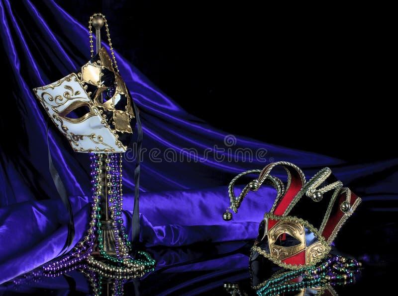Μαύρη χρυσή μάσκα 2 μεταμφιέσεων Bauta και Jester ιταλική στοκ φωτογραφίες