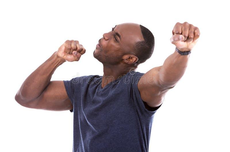Μαύρος που συγκλονίζεται όμορφος με τον ενθουσιασμό στοκ φωτογραφίες