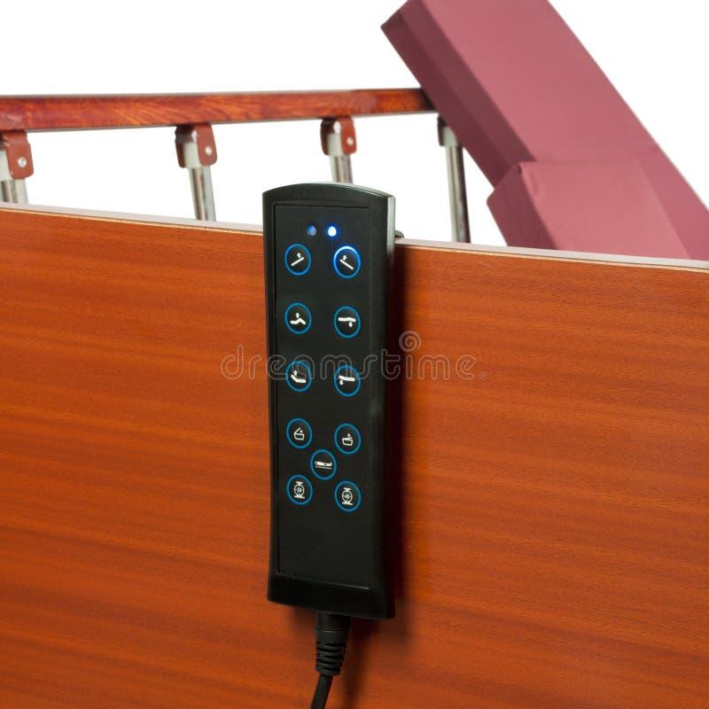 Μαύρος τηλεχειρισμός με τα κουμπιά για το νοσοκομειακό κρεβάτι στοκ φωτογραφία με δικαίωμα ελεύθερης χρήσης
