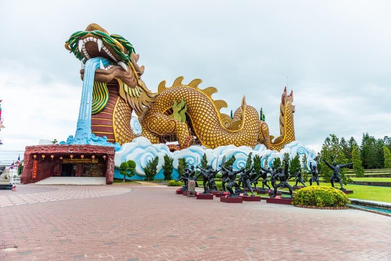 Μαύρο άγαλμα χαλκού του κινεζικού μοναχού ή κινεζικού Shaolin Kung fu στοκ φωτογραφία με δικαίωμα ελεύθερης χρήσης