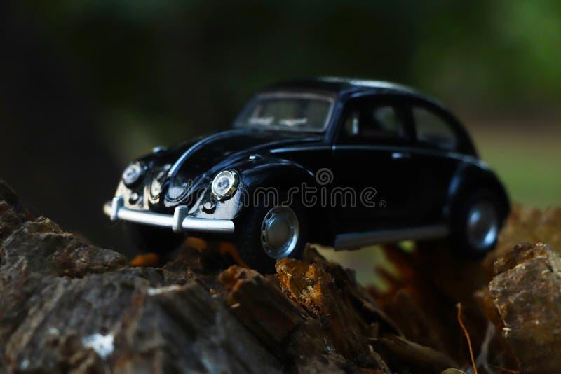 Μαύρο αναδρομικό εκλεκτής ποιότητας αυτοκίνητο automatism στοκ φωτογραφία με δικαίωμα ελεύθερης χρήσης