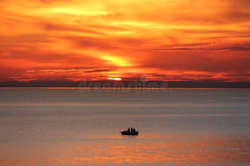 Μαύρο ηλιοβασίλεμα βράχου στοκ φωτογραφία με δικαίωμα ελεύθερης χρήσης