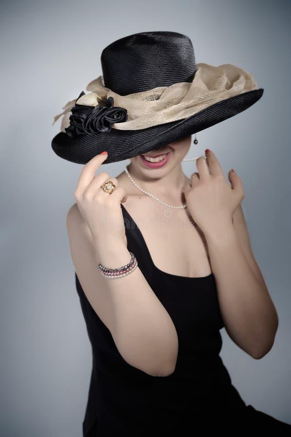μαύρο κλασικό καπέλο στοκ εικόνες