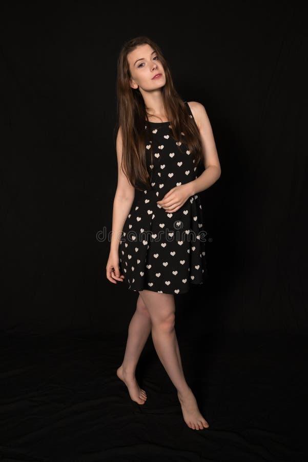 μαύρο λευκό brunette στοκ φωτογραφία με δικαίωμα ελεύθερης χρήσης