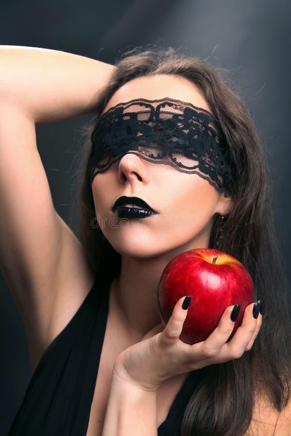 Μαύρο μήλο στοκ εικόνες