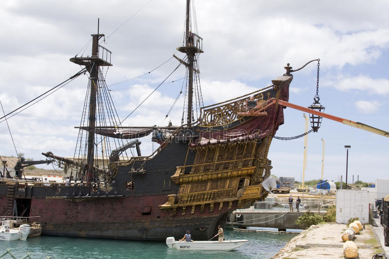 μαύρο σκάφος μαργαριταριώ στοκ φωτογραφία με δικαίωμα ελεύθερης χρήσης