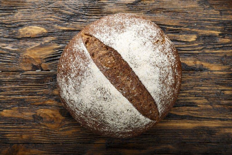 Μαύρο στρογγυλό ψωμί στοκ φωτογραφίες με δικαίωμα ελεύθερης χρήσης