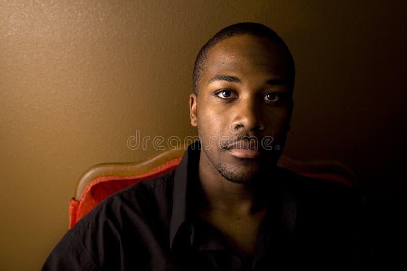 μαύρο όμορφο άτομο στοκ φωτογραφία με δικαίωμα ελεύθερης χρήσης