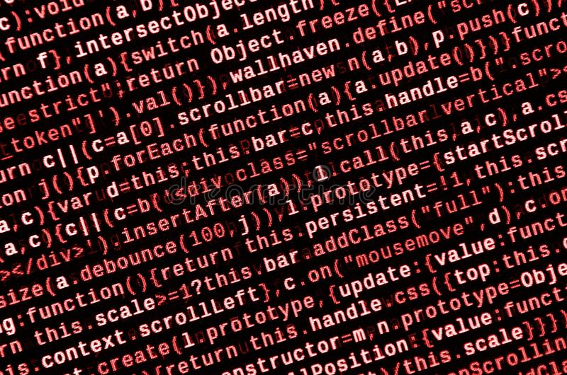 Μεγάλα στοιχεία και Διαδίκτυο της τάσης πραγμάτων Ειδικός εργασιακός χώρος ΤΠ Κώδικας ιστοχώρου HTML στην επίδειξη lap-top στοκ εικόνα με δικαίωμα ελεύθερης χρήσης
