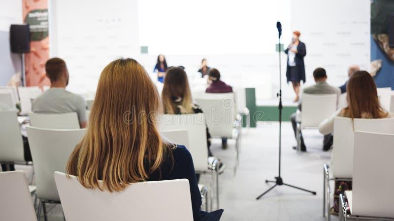Μεγάλη διάσκεψη ή εκπαίδευση επιχειρησιακής παρουσίασης στοκ εικόνες