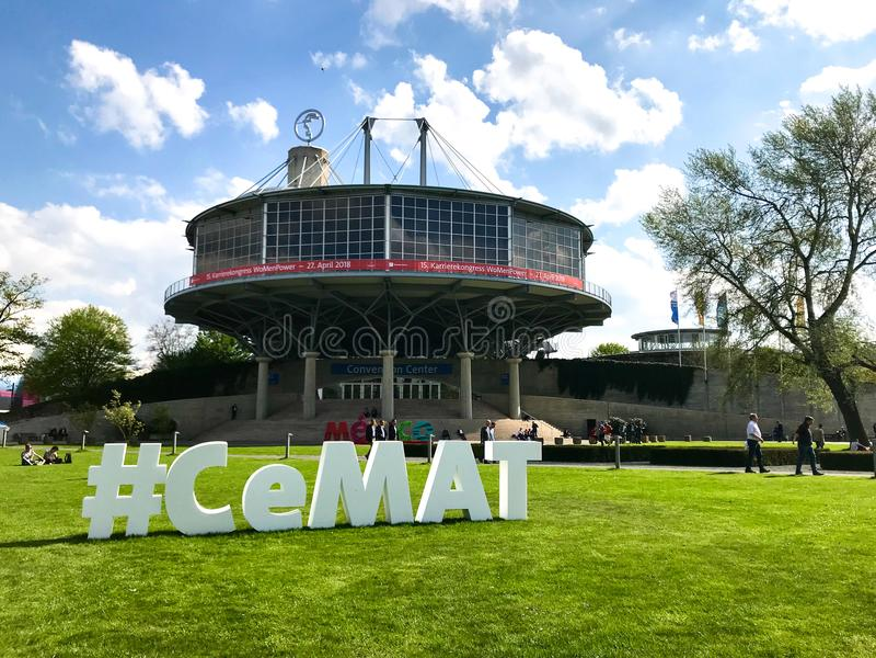 Μεγάλη διαφήμιση για CeMAT 2018 στοκ φωτογραφία