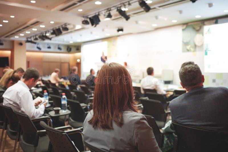 Μεγάλη επιχειρησιακή παρουσίαση ή διάσκεψη στοκ φωτογραφία με δικαίωμα ελεύθερης χρήσης