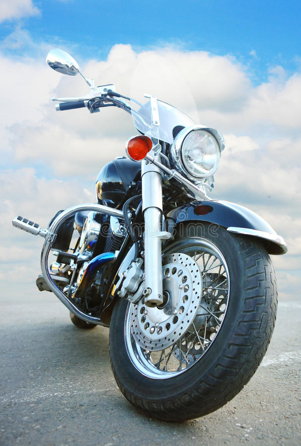 Μεγάλη μαύρη μοτοσικλέτα στοκ φωτογραφία με δικαίωμα ελεύθερης χρήσης