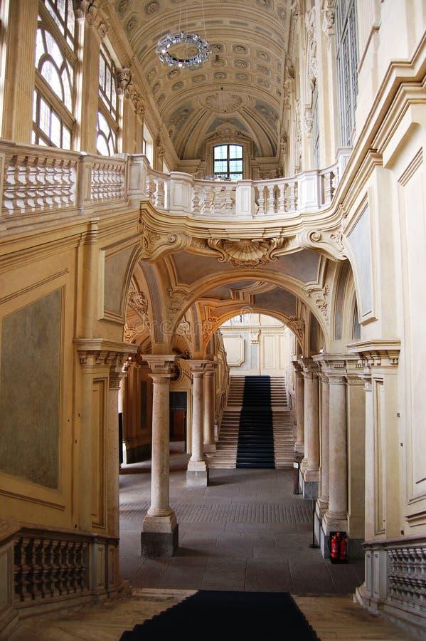 μεγάλη σκάλα αρχιτεκτονικής στοκ εικόνες