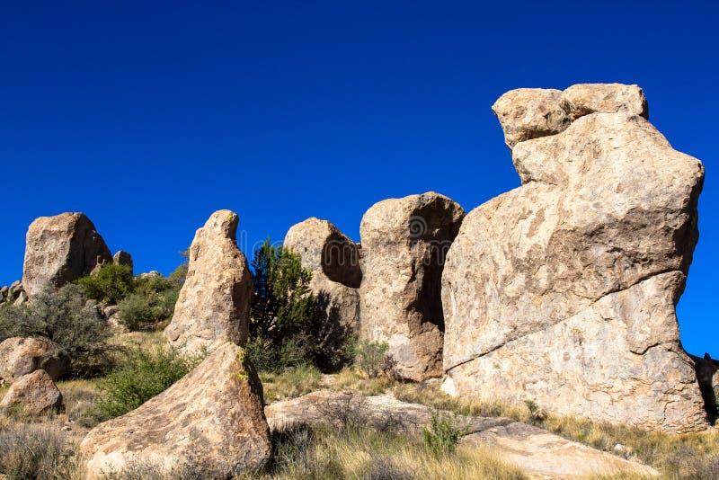Μεγάλοι βράχοι στην πόλη του κρατικού πάρκου βράχων στοκ εικόνες