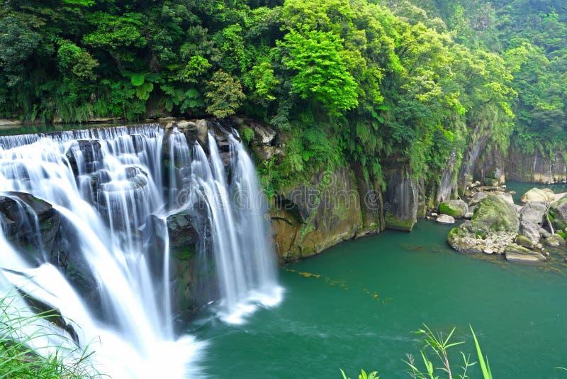 Μεγάλος καταρράκτης στην Ταϊβάν στοκ εικόνα με δικαίωμα ελεύθερης χρήσης