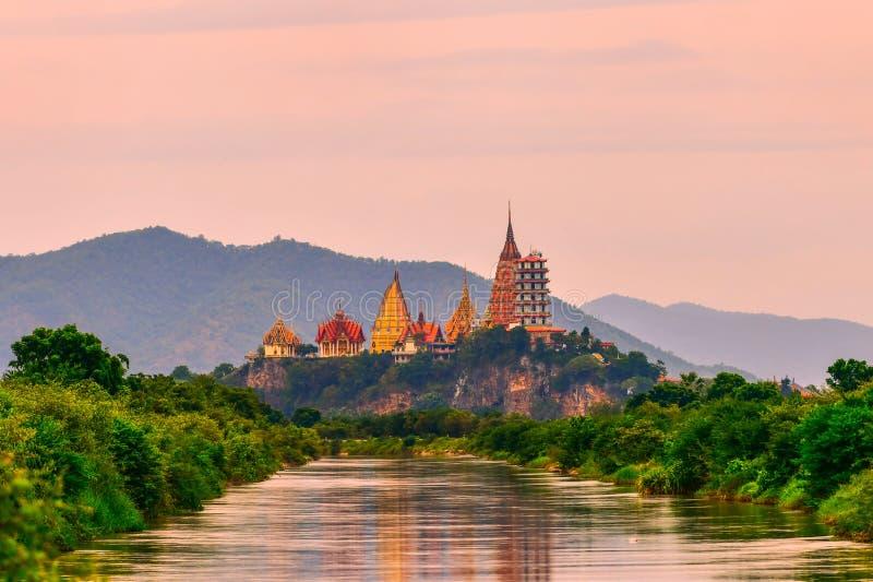 Μεγάλο άγαλμα του Βούδα στο ναό σπηλιών τιγρών, Ταϊλάνδη στοκ φωτογραφίες με δικαίωμα ελεύθερης χρήσης