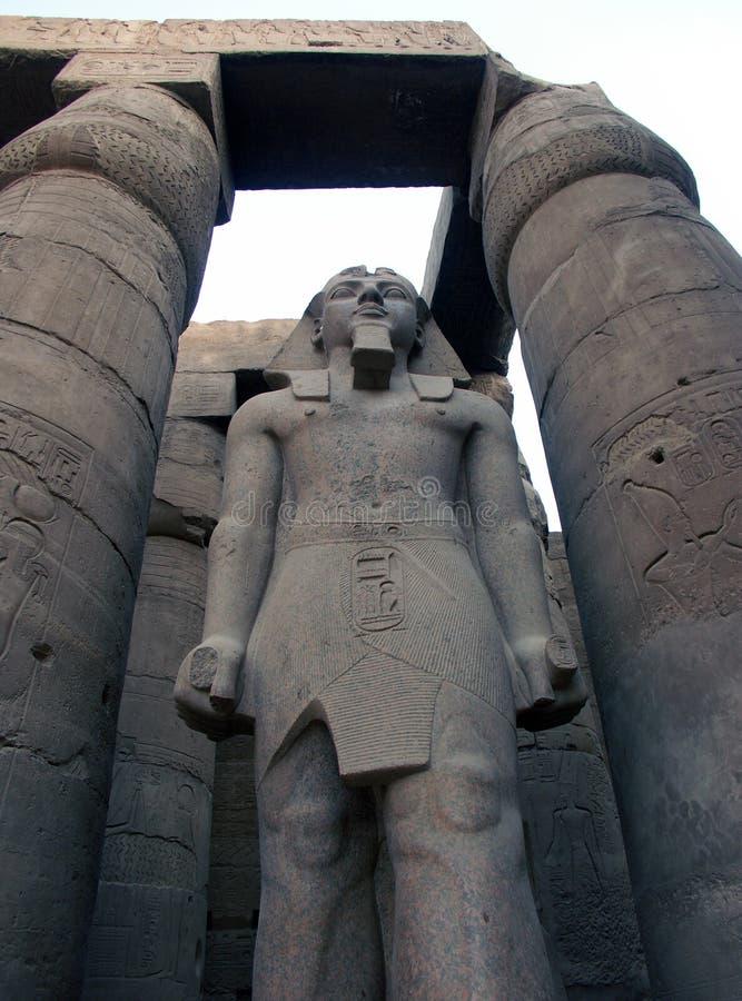 μεγάλο άγαλμα ramses στοκ φωτογραφία με δικαίωμα ελεύθερης χρήσης