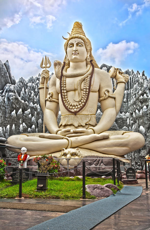μεγάλο άγαλμα shiva της Βαγκ&alp στοκ εικόνες