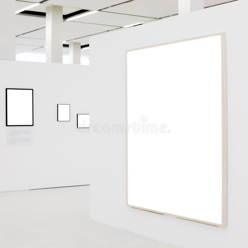 μεγάλο κενό λευκό τοίχων &p στοκ φωτογραφία