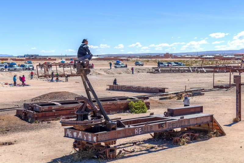 Μεγάλο νεκροταφείο ατμομηχανών νεκροταφείων ή ατμού τραίνων σε Uyuni, Βολιβία στοκ εικόνα